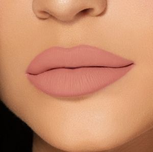 Kylie Cosmetics Makeup - Kylie Jenner One Wish Lip Kit